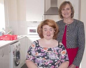 Advance Chief Executive Julie Layton with customer Mary in her new flat at Hope House, Oxford